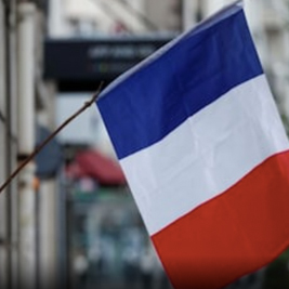 France Welcomes Tourists with EU-approved Covid-19 Vaccines